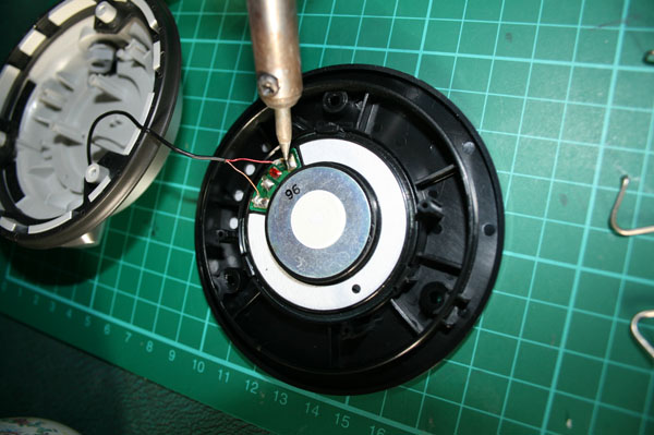 unsoldering the technics 1200 dj headphones